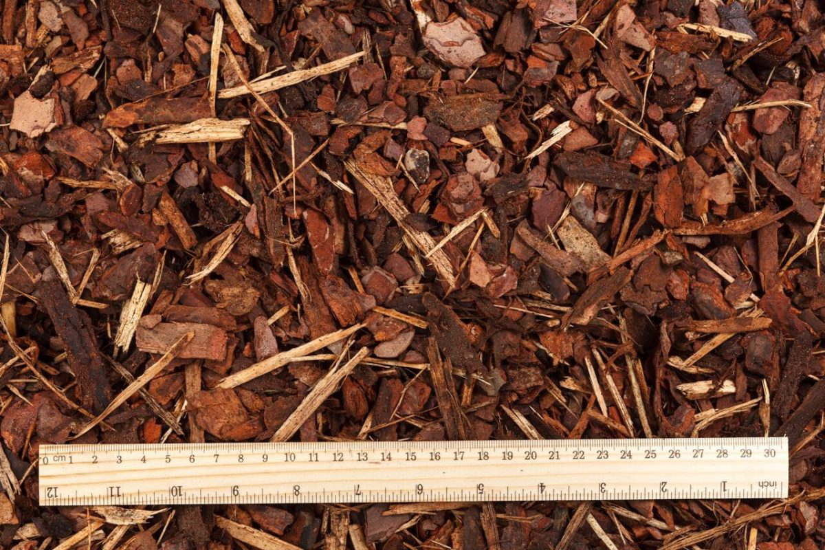 PINE BARK MULCH – MEDIUM FRACTION (2ND SORT)